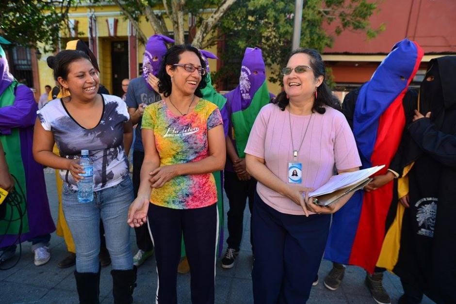 Las dos mujeres que realizan una huelga de hambre también pidieron la cancelación del PP, Lider y la UNE. (Foto: Wilder López/Soy502)