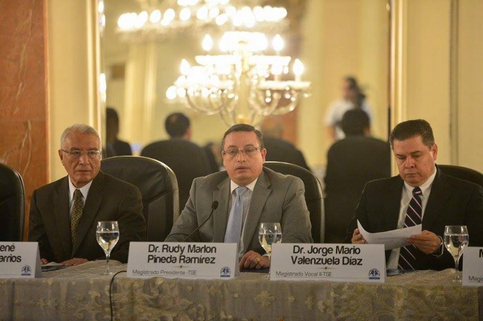 El magistrado presidente del Tribunal Supremo Electoral (TSE) Rudy Marlon Pinea ofreció datos de la segunda vuelta. (Foto: Wilder López/Soy502)