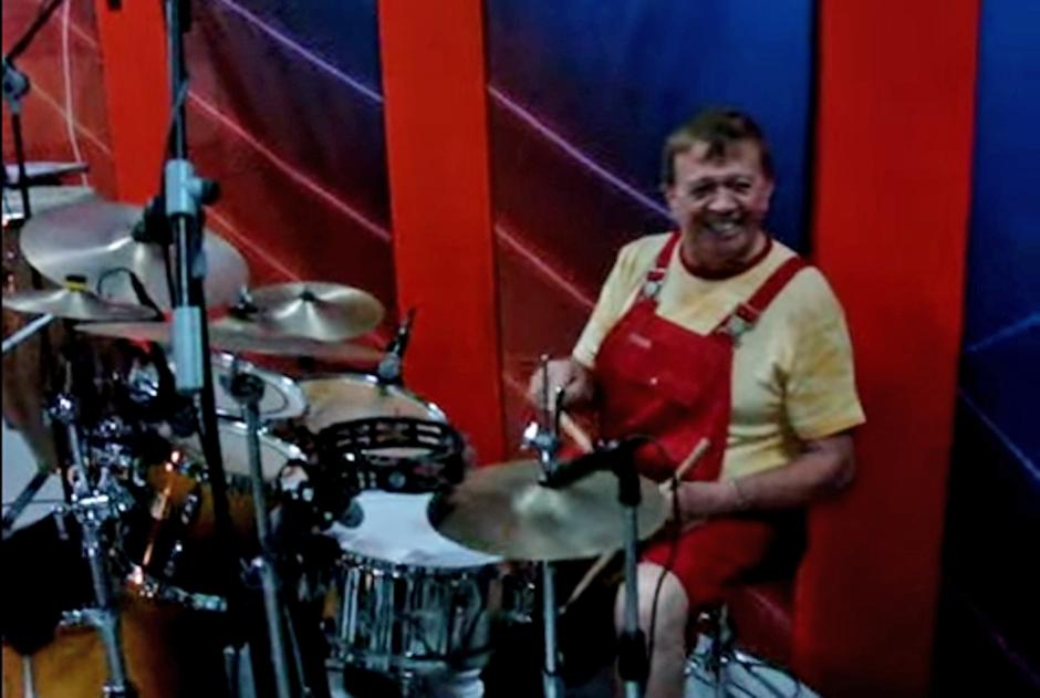 """Xavier López """"Chabelo"""" se dedicará a cantar y tocar la batería tras 47 años en televisión"""