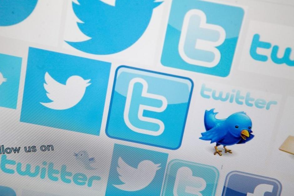 Diversos logos de Twitter en Internet