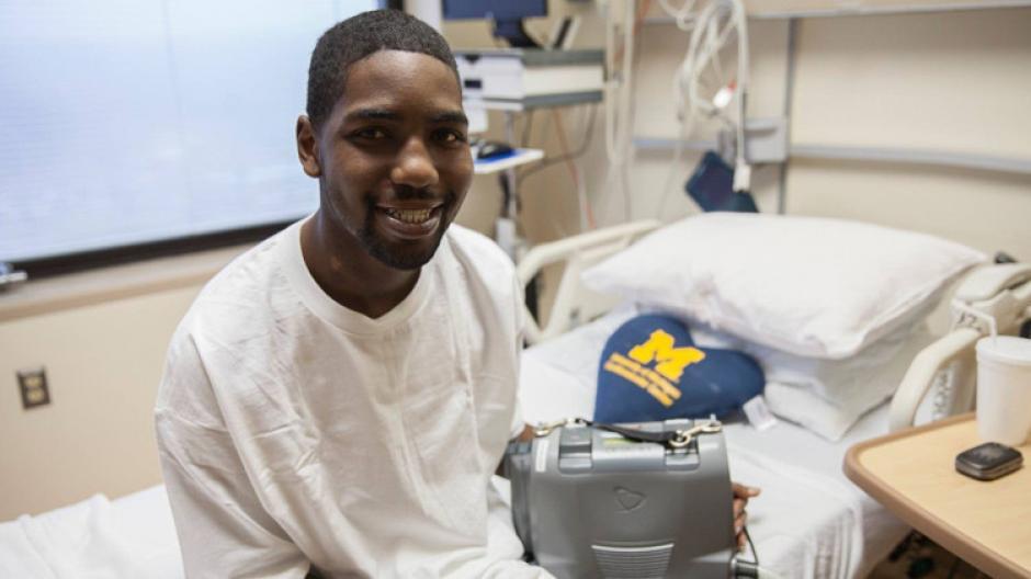 La mochila permite a los pacientes vivir por un tiempo sin este órgano vital. (Foto: umich.com)