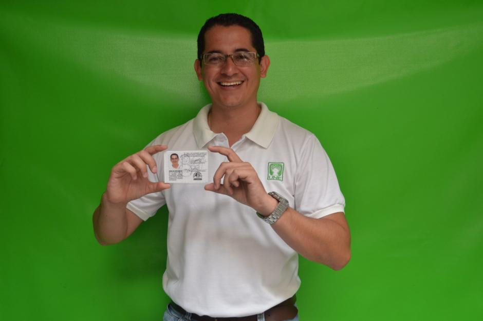 Luis Portillo es el candidato de la Unidad Nacional de la Esperanza. Tiene 33 años y espera que su propuesta convenza al electorado de Mixco. (Foto: Luis Portillo)