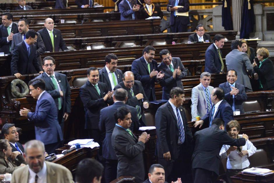 La UNE apoyará la enmienda, pero no quiere presentarla. (Foto: Archivo/Soy502)