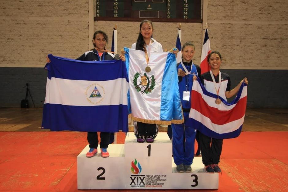 Michelle Ordoñez ganó el oro en -46kgs del taekwondo del Codicader. (Foto: Digef)