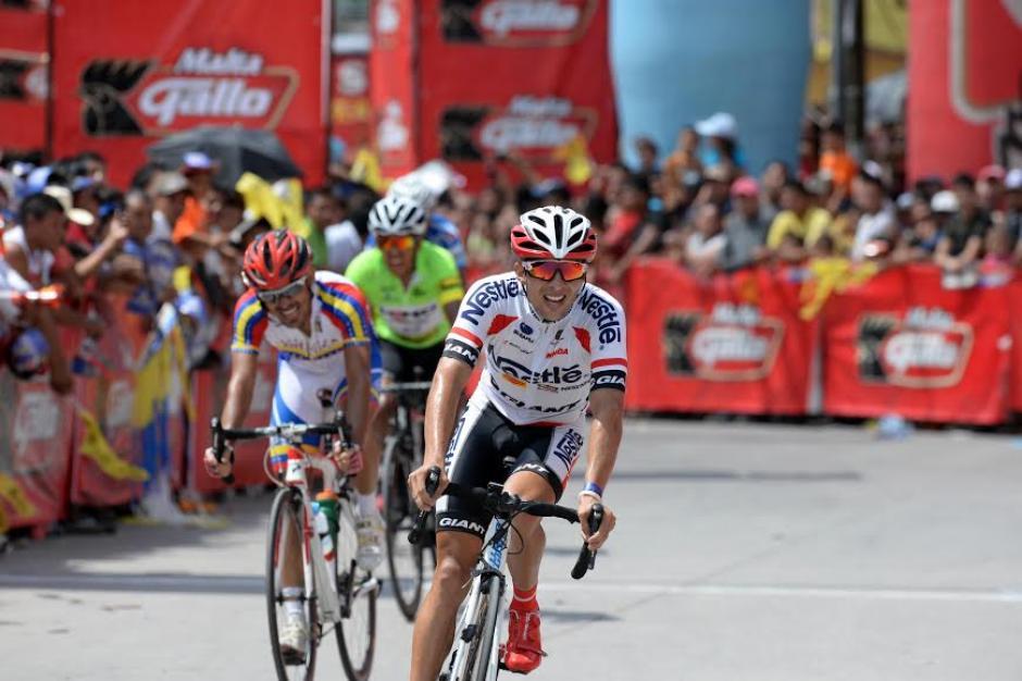 El tico Román Villalobos fue el ganador de la tercera etapa de la Vuelta Ciclística a Guatemala