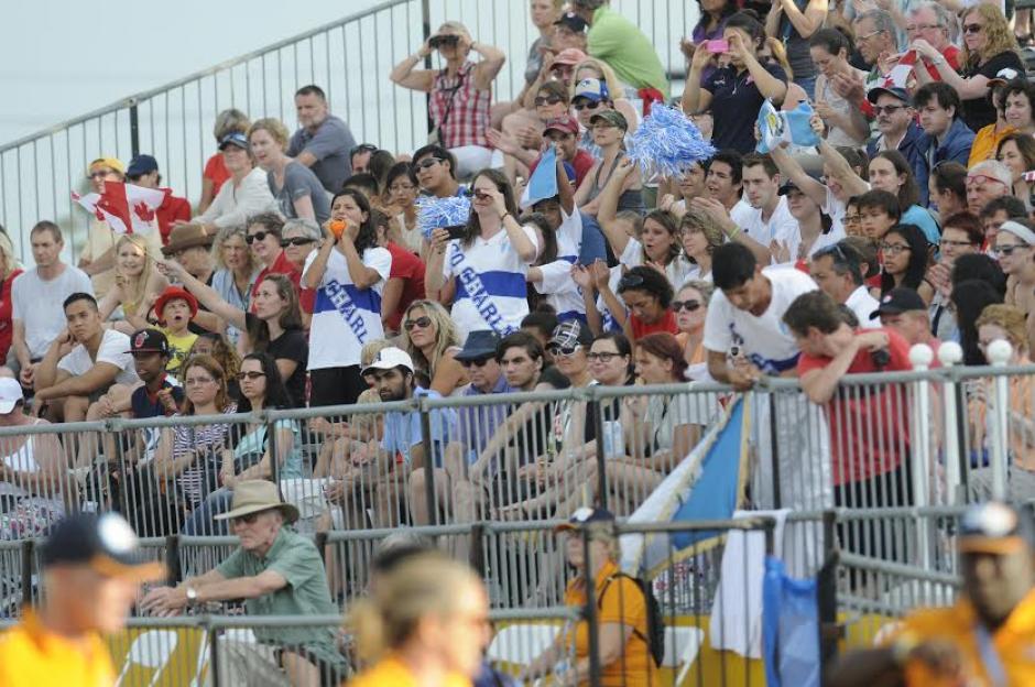 Varias personas llegaron a apoyar al ahora campeón panamericano de pentatlón moderno.