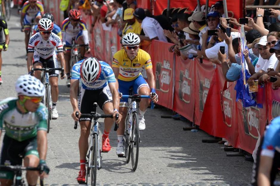 El guatemalteco Manuel Rodas sigue siendo el líder general de la competencia. (Foto: Diego Galiano/Nuestro Diario)