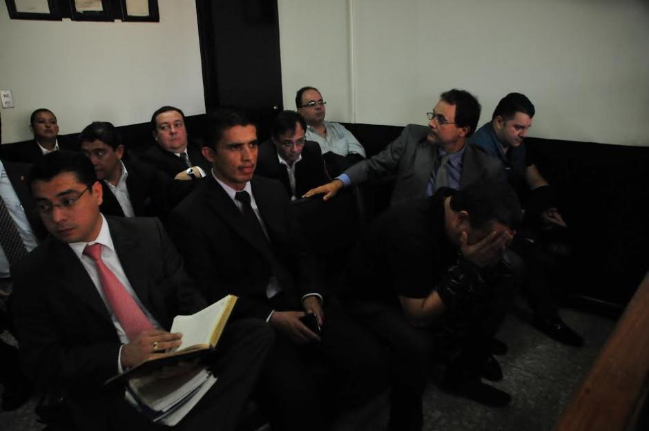 Tras varios allanamientos fueron capturadas 11 personas acusadas de pertenecer a una estructura de corrupción en el IGSS. (Foto: Alejandro Balán/Soy502)
