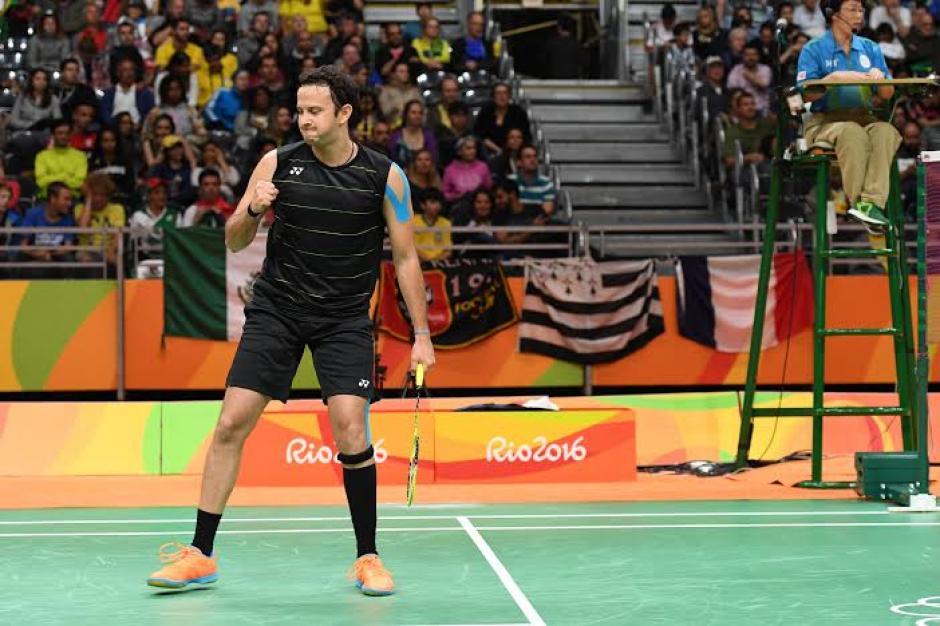 Kevin se esforzó pero cayó en los dos últimos sets. (Foto: Pedro Pablo Mijangos/Soy502)