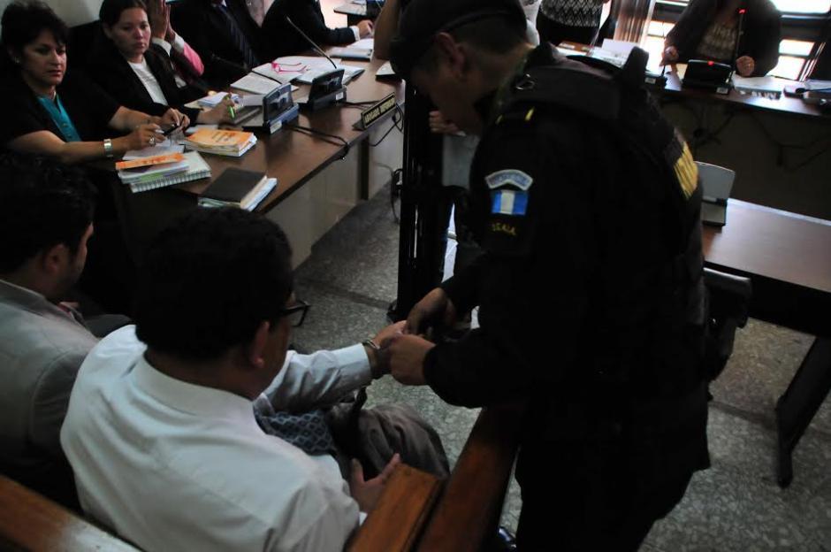 Implicados en un caso de corrupción en el Instituto Guatemalteco de Seguridad Social (IGSS) conocen los motivos de su detención. (Foto: Alejandro Balán/Soy502)