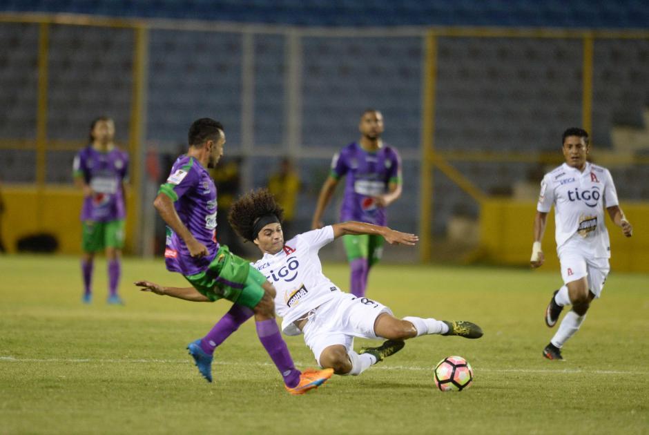 Antigua GFC saca un punto de visita en San Salvador. (Foto: El Diario de Hoy)