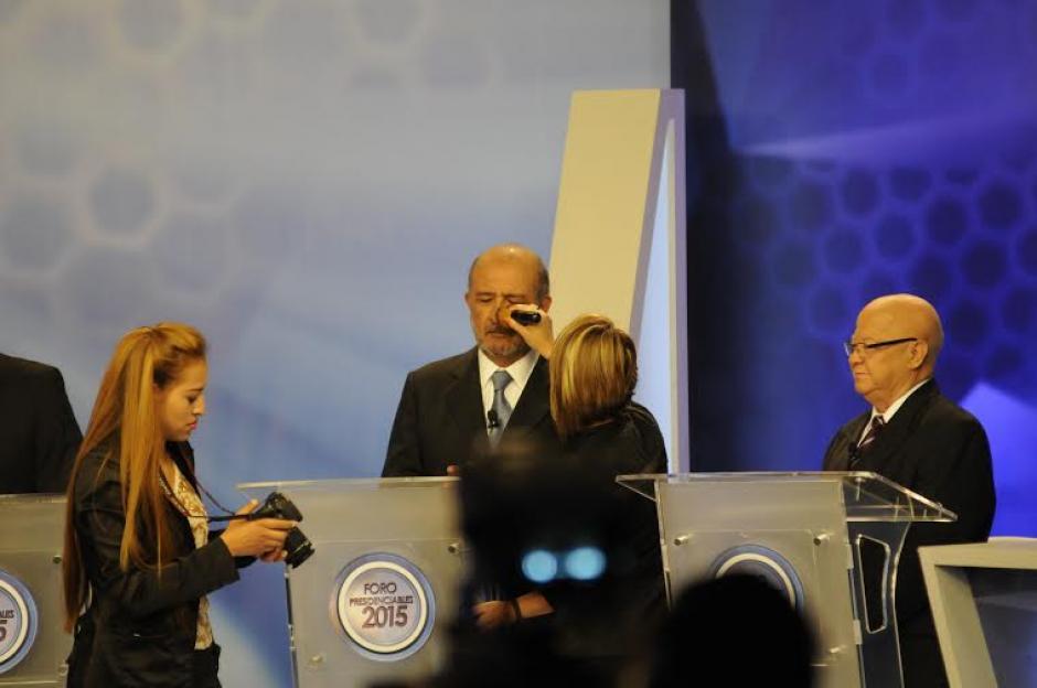 Miguel Ángel Sandoval fue uno de los partiipantes del segundo Foro de Presidenciables 2015. (Foto: Pedro Mijangos/Soy502)