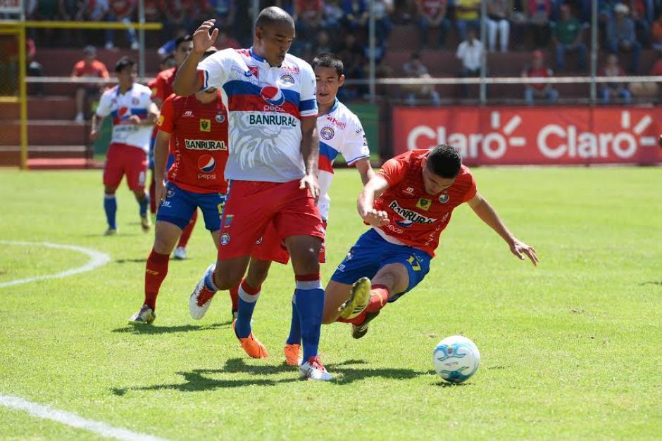 Xelajú se llevó un valioso empate tras su visita al estadio Manuel Felipe Carrera ante Municipal. (Foto: Sergio Muñoz/Nuestro Diario)