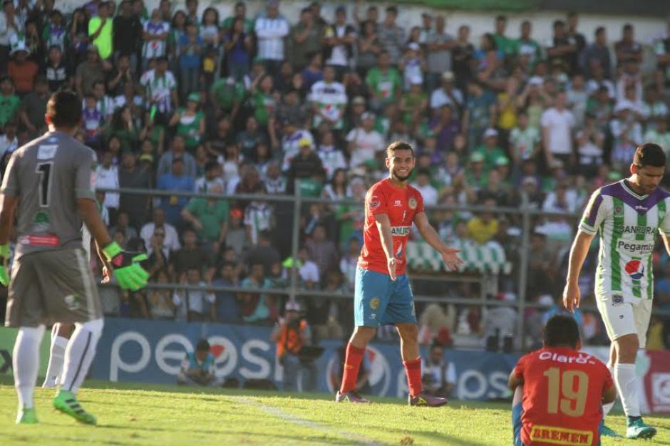 Municipal llegará al juego de vuelta con una desventaja importante. (Foto: Fredy Hernández/Soy502)