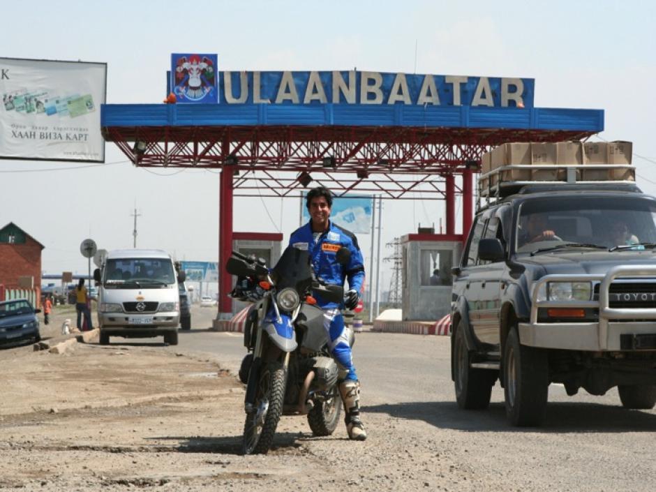 Francisco Arredondo a bordo de su KTM espera nuevamente concluir el Rally Dakar 2014, y superar la posición 37 que ha conseguido en dos oportunidades. (Luis Barrios/Soy502)