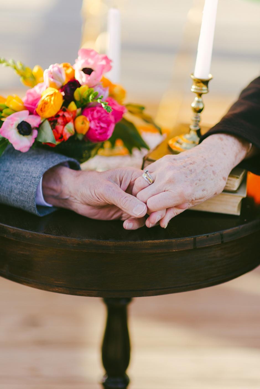 La pareja, según sus conocidos, ha tenido un matrimonio ejemplar y feliz.