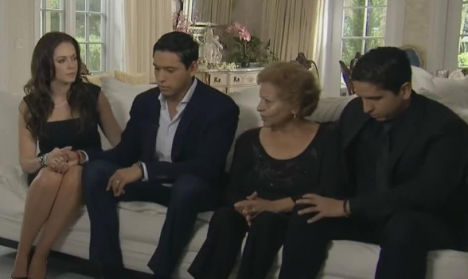 De acuerdo al hermano de Laura, solo Iván Aguilera será el heredero de la fortuna de Juan Gabriel. (Foto: us.hola.com)