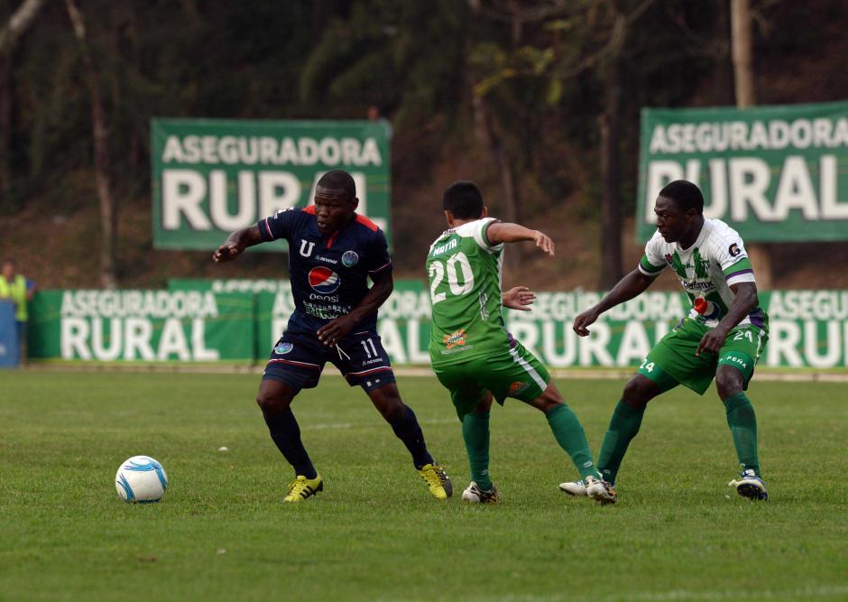 "Milton ""Tyson"" Núñez anotó un gol ante Antigua. (Foto: Nuestro Diario)"