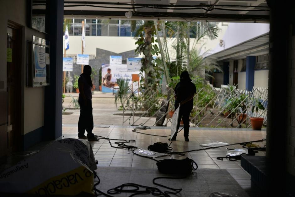 La Facultad de Humanidades fue tomada por estudiantes. (Foto: Wilder López/Soy502)