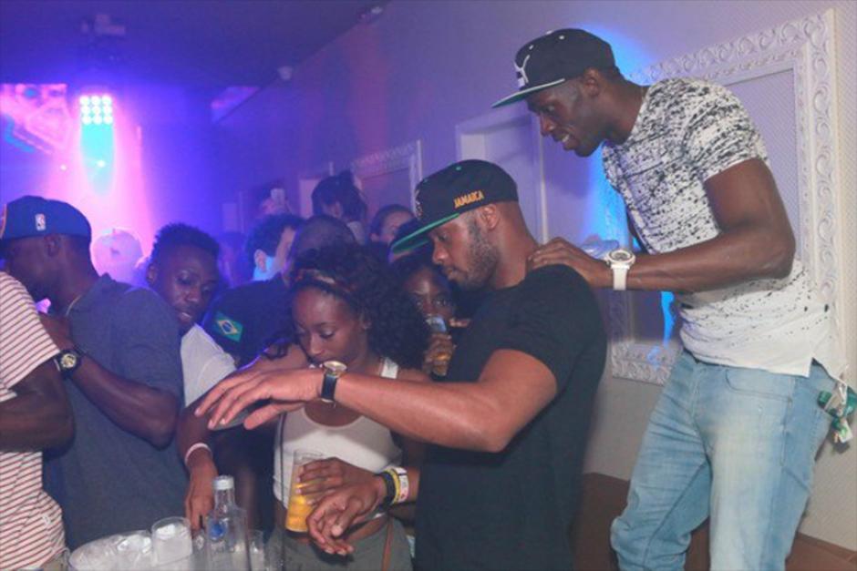 Usain Bolt tiene muchos motivos para celebrar. (Foto: Divulgação/Boate All In)