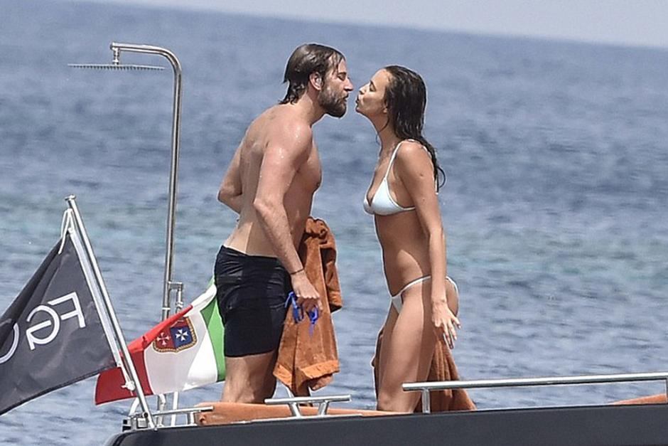 Bradley Cooper y la modelo Irina Shayk están juntos desde abril del año pasado. (Foto: dailymail)