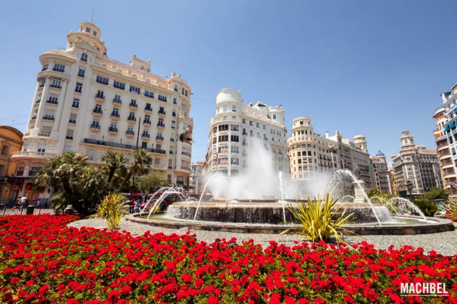 Valencia, España, resalta por tener una gran oferta académica y ser accesible para comenzar una carrera profesional. (Foto: machbel.com)