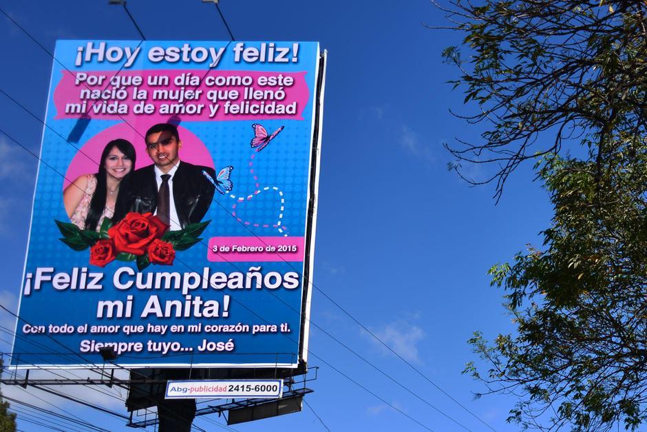 """La """"valla del amor"""" se convirtió en tendencia en Twitter, donde incluso se creó el hashtag #UnaVallaQueDiga. (Foto: Jesús Alfonso/Soy502)"""