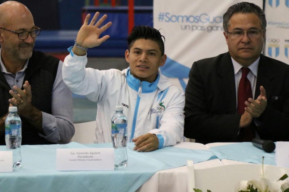 Vega fue recibido como un campeón. (Foto: Alejandro Balán/Soy502)