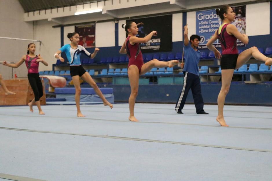 Las alumnas de ese deporte le rindieron honores. (Foto: Alejandro Balán/Soy502)