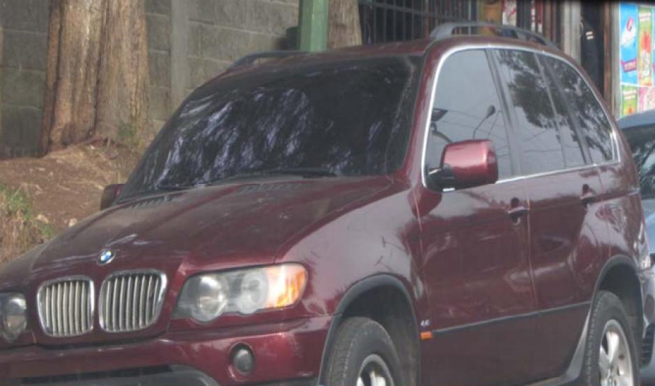 Vista de otro de los autos que según el MP sería propiedad de Byron Lima. (Foto: CICIG) n