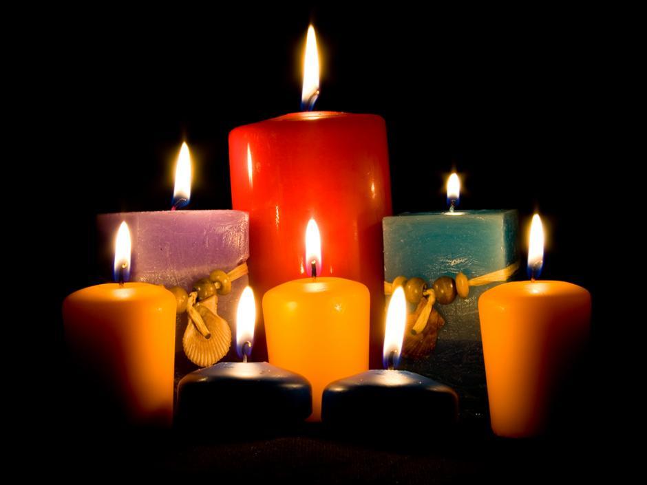 Las velas son una fuente de iluminación que puede ser de cera, grasa o parafina. (Foto: mundomágico)