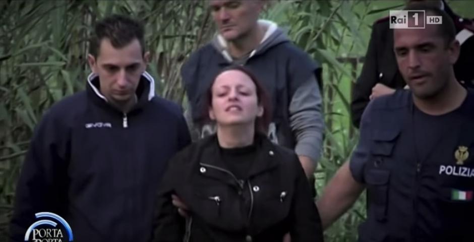La mujer fue detenida tras encontrar pruebas suficientes de su culpabilidad. (Imagen: captura de YouTube)