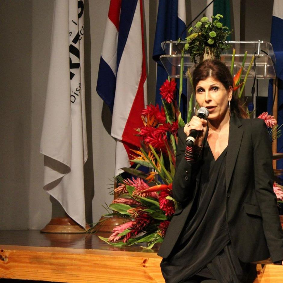 Verónica Riedel produjo una serie para Univisión llamada Medicina Desconocida. (Foto: Verónica Riedel)