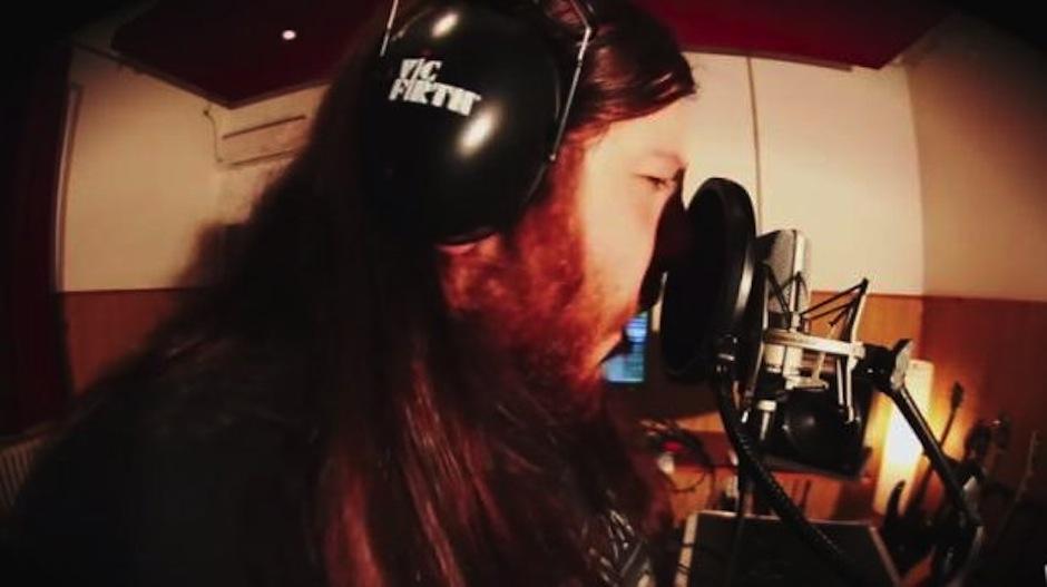 Danny Metal se ha encargado de hacer la versión de Pen Pineapple Apple Pen en rock. (Foto: youtube)