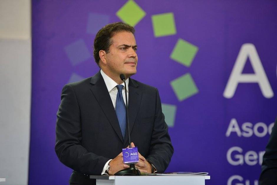 Rodolfo Neutze Aguirre en el debate de la AGG. (Foto: Wilder López/Soy502)