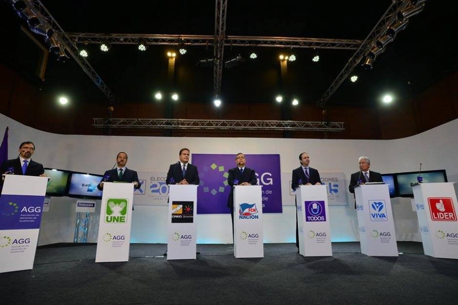 Los candidatos vicepresidenciales de los partidos políticos abordaron temas fiscales y de sindicatos. (Foto: Wilder López/Soy502)