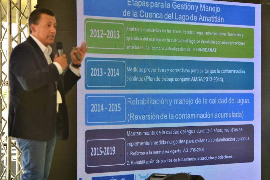 En su conferencia, González reconoció que el líquido, en su mayoría, era agua marina. (Foto: Archivo/Soy502)