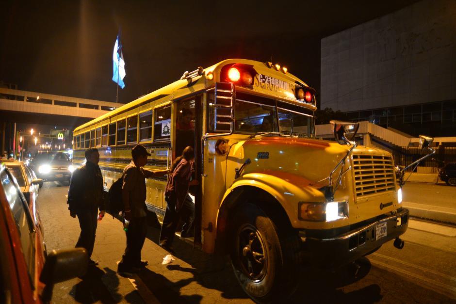 Los empresarios tendrán seis meses para modificar el sistema de inyección de los buses y camiones. (Foto: Soy502/Soy502)