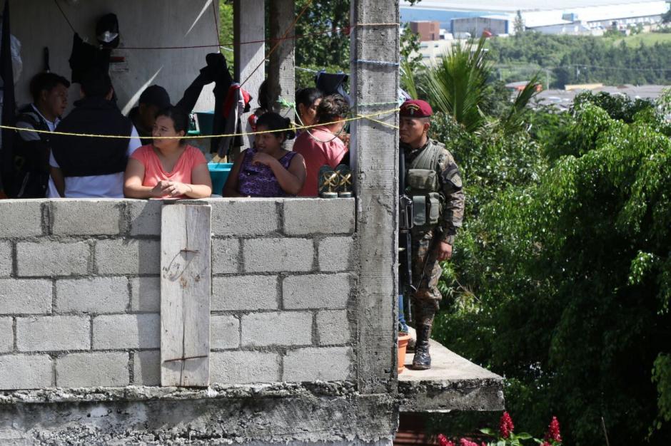 Las casas forman parte de un complejo en riesgo. (Foto: Alejandro Balan/Soy502)