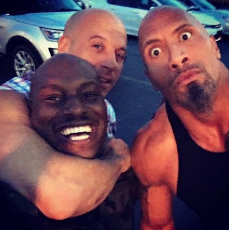 """La Roca dijo que sus compañeros son """"gallinas"""". (Foto: Vin Diesel/Instagram)"""
