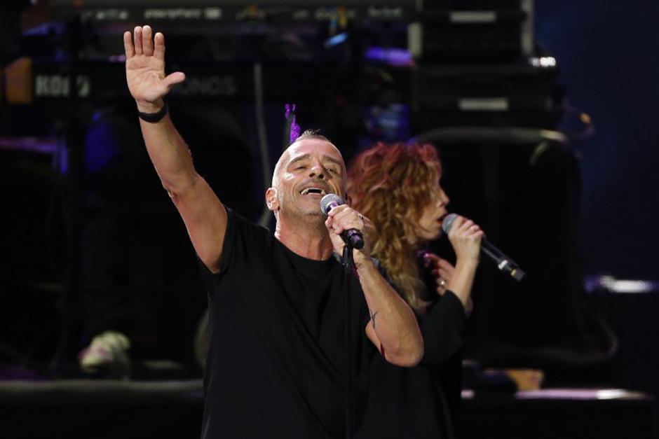 Eros Ramazzotti sedujo a la audiencia más sentimental. (Foto: AFP)