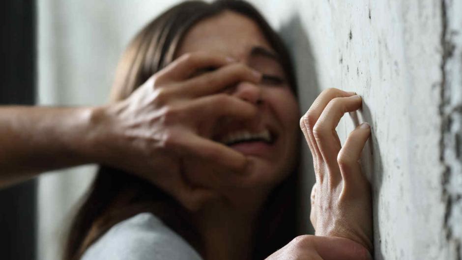 En caso que el agresor sea familiar de la víctima, la condena podría ser hasta de 25 años. (Foto: Archivo/Soy502)