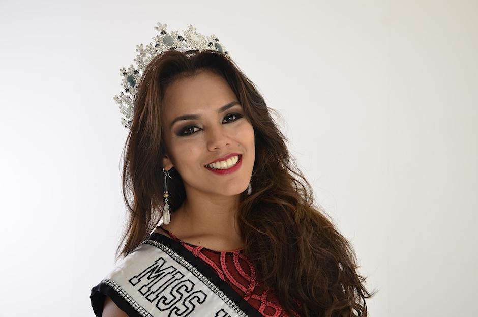 Miss Universe Guatemala, Virginia Argueta visitó Soy502. (Foto: Selene Mejía/Soy502)