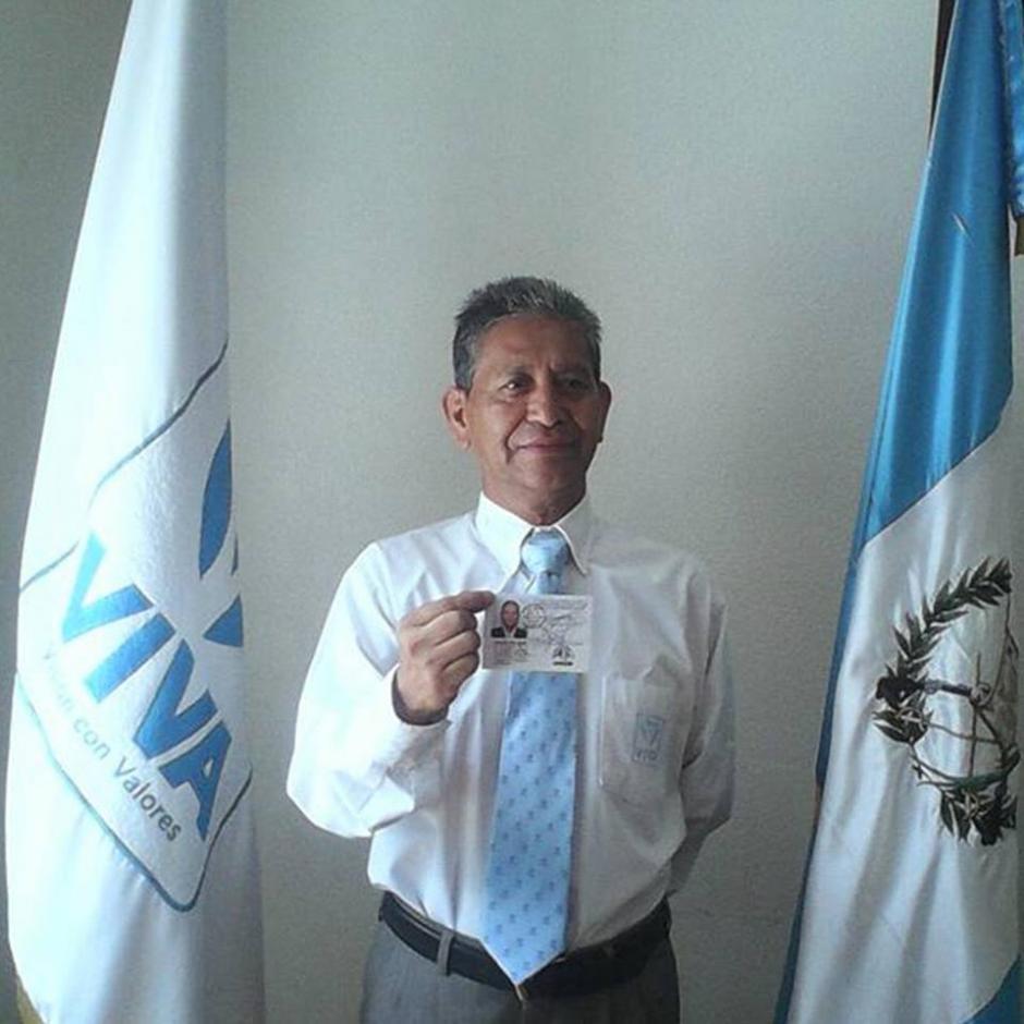 Rolando Pérez es la carta de Viva en Mixco. Es un Politólogo egresado de la Universidad de San Carlos. Sus principales ejes de trabajo personal son la educación, el liderazgo comunitario y el deporte. (Foto: Rolando Pérez)