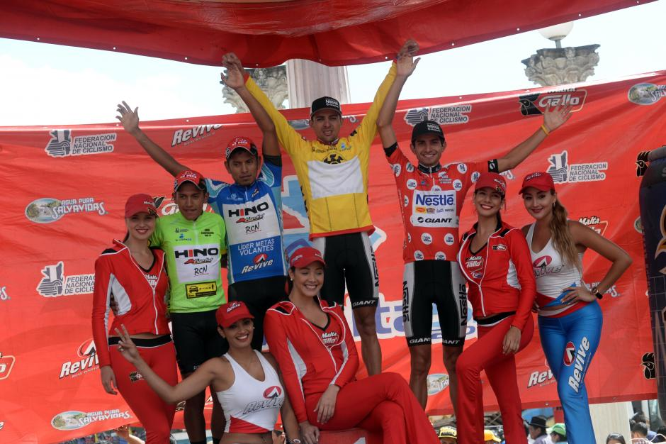 La postal de los ganadores por clasificación tras seis etapas.(Foto: Diego Galiano/Nuestro Diario)