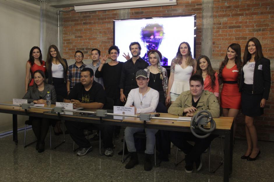 El elenco y equipo técnico de Welcome to my world esperan que la historia llegue a muchas personas. (Foto: Fredy Hernández/Soy502)