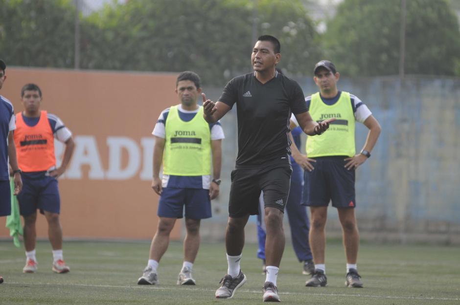 Walter López es uno de los árbitros con gafete FIFA de Guatemala. (Foto: Pedro Pablo MIjangos/Soy502)
