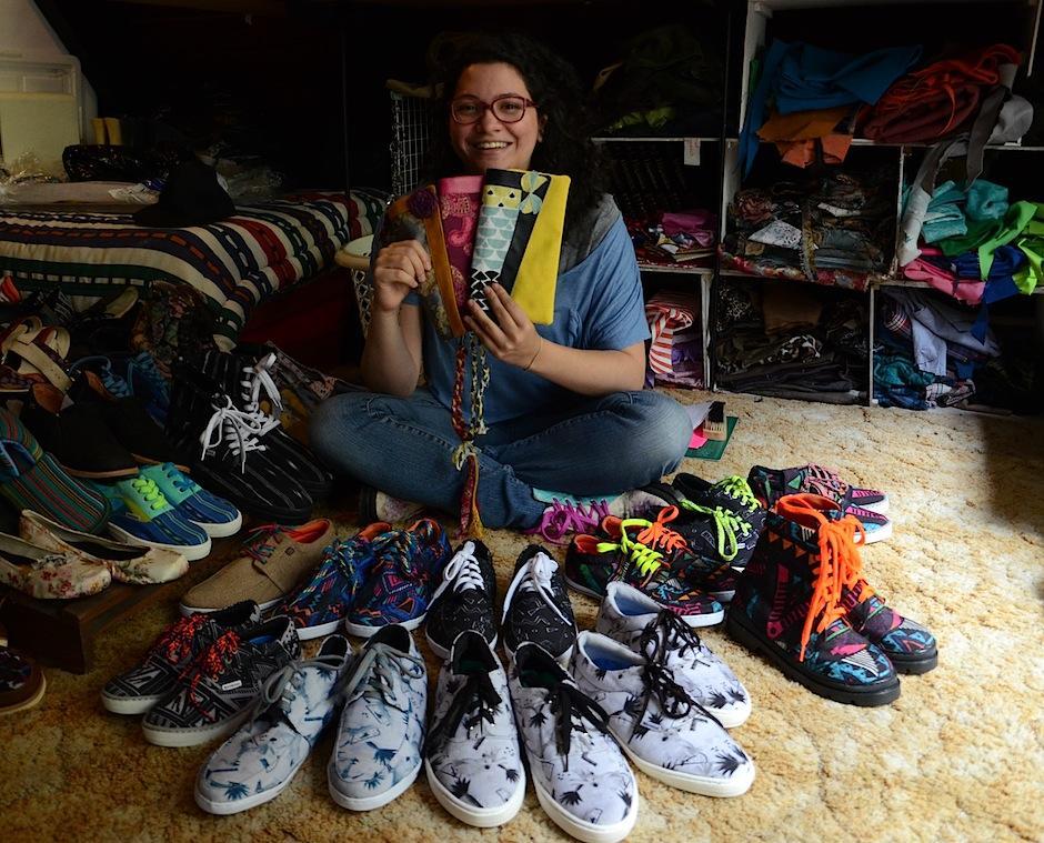"""""""Viajar por la vida es más divertido con zapatos originales"""", Renate Krings. (Foto: Esteban Biba/Soy502)"""