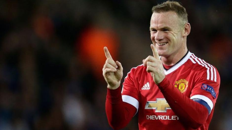 Wayne Rooney recibe 17.8 millones de quetzales al año por jugar para el Manchester United. (Foto: ESPN)