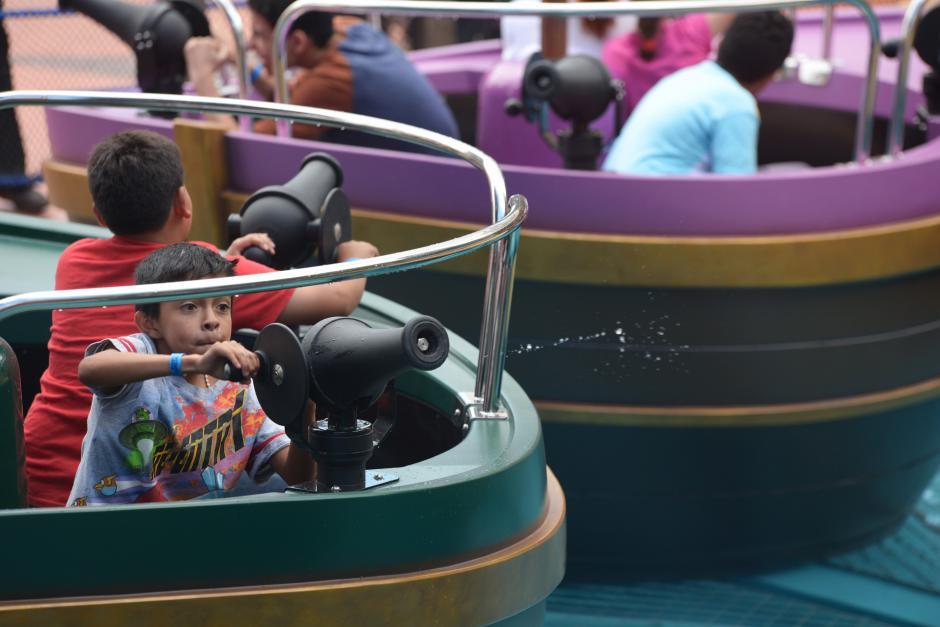 La Guerra Pirata permite a los ocupantes tener una guerra con agua. (Foto: Wilder López/Soy502)